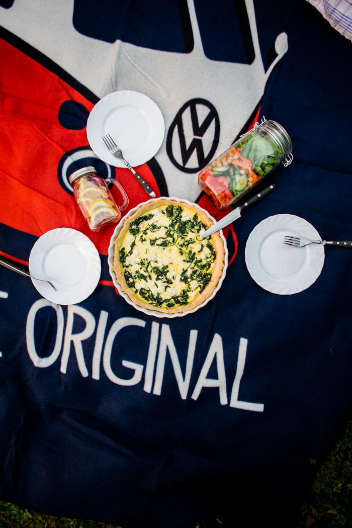 I love picnics that are easy to prepare. These three recipes are my all-time favourites and easy and quick to make. If you're looking for more inspiring recipes and tutorials, make sure to visit the Food Bloggers for Volkswagen board https://www.pinterest.de/volkswagen/food-bloggers-for-volkswagen/