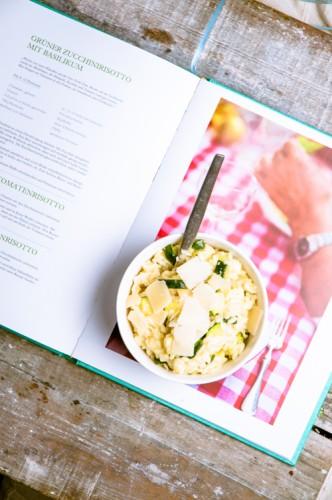 Aus Liebe zum Kochen - grünes Zucchini-Risotto- www.kuechenchaotin.de