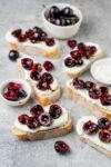 Bruschetta mit Balsamico-Kirschen - #CherryBoom