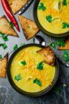 """Cheddar-Lauch-Suppe mit würzigen Tortillas - aus """"Alles vegetarisch - Das Buch"""" von EDEKA - inklusive Verlosung!"""