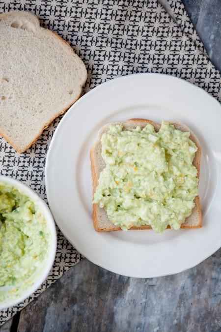 Eiersalat mit Avocado - www.kuechenchaotin.de