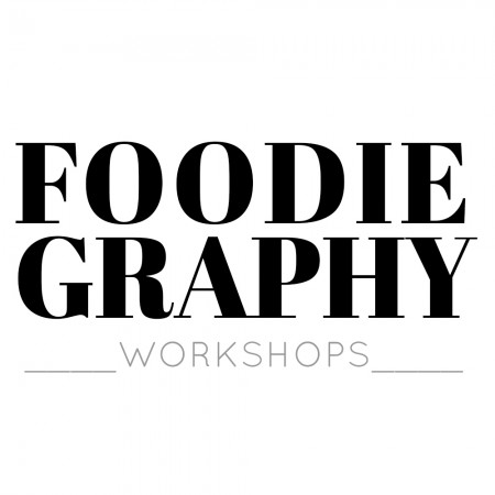 Foodiegraphy Logo