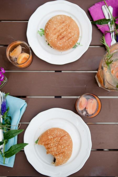 Grillfest - Pimp my Krauterbaguette und Burger mit schwarzen Bohnen-12