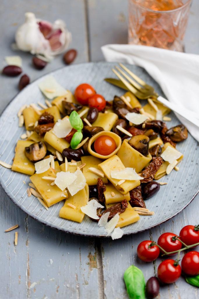 Pasta alla Antipasti - www.kuechenchaotin.de