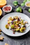 Geröster Rosenkohlsalat mit Orangendressing - meine vegetarische Vorspeise zu Weihnachten