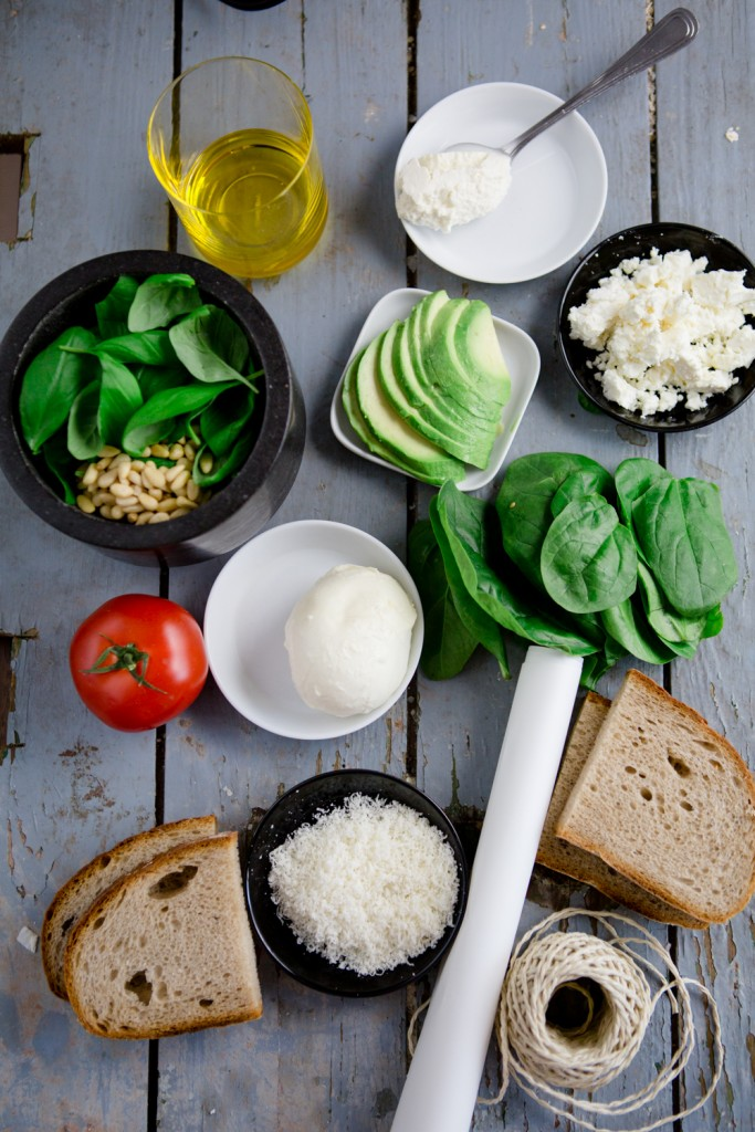 Try these tasty and healthy sandwiches and you'll never want to buy one again. Find the recipe here and more on the collaborative board https://de.pinterest.com/volkswagen/food-bloggers-for-volkswagen
