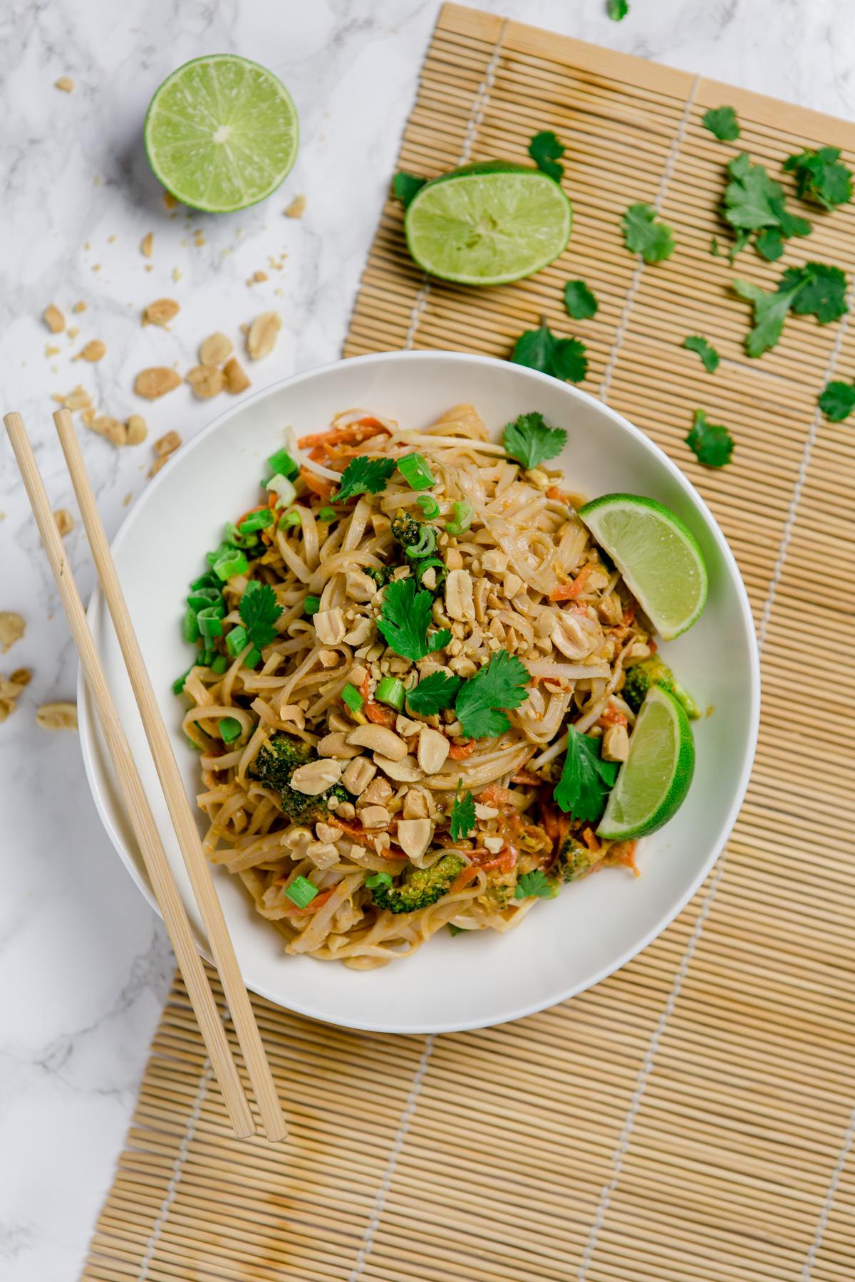 Vegetarisches Pad Thai schnell und einfach mit WOW Effekt