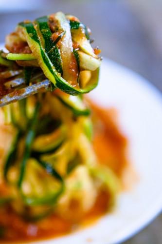 Zucchini-Spaghetti arrabiata - Gastbeitrag - kuechenchaotin - Mirja Hoechst-4