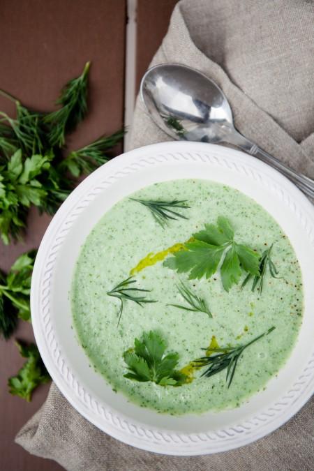 eiskalte Gurken-Quark-Suppe